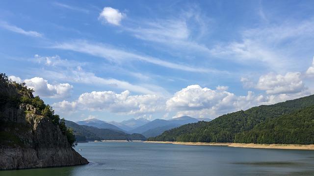 barajul si lacul Vidraru Arges