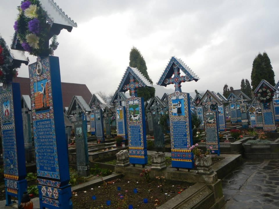 Maramures-cimitirul vesel la sapanta- foto iexplore ro ixpr