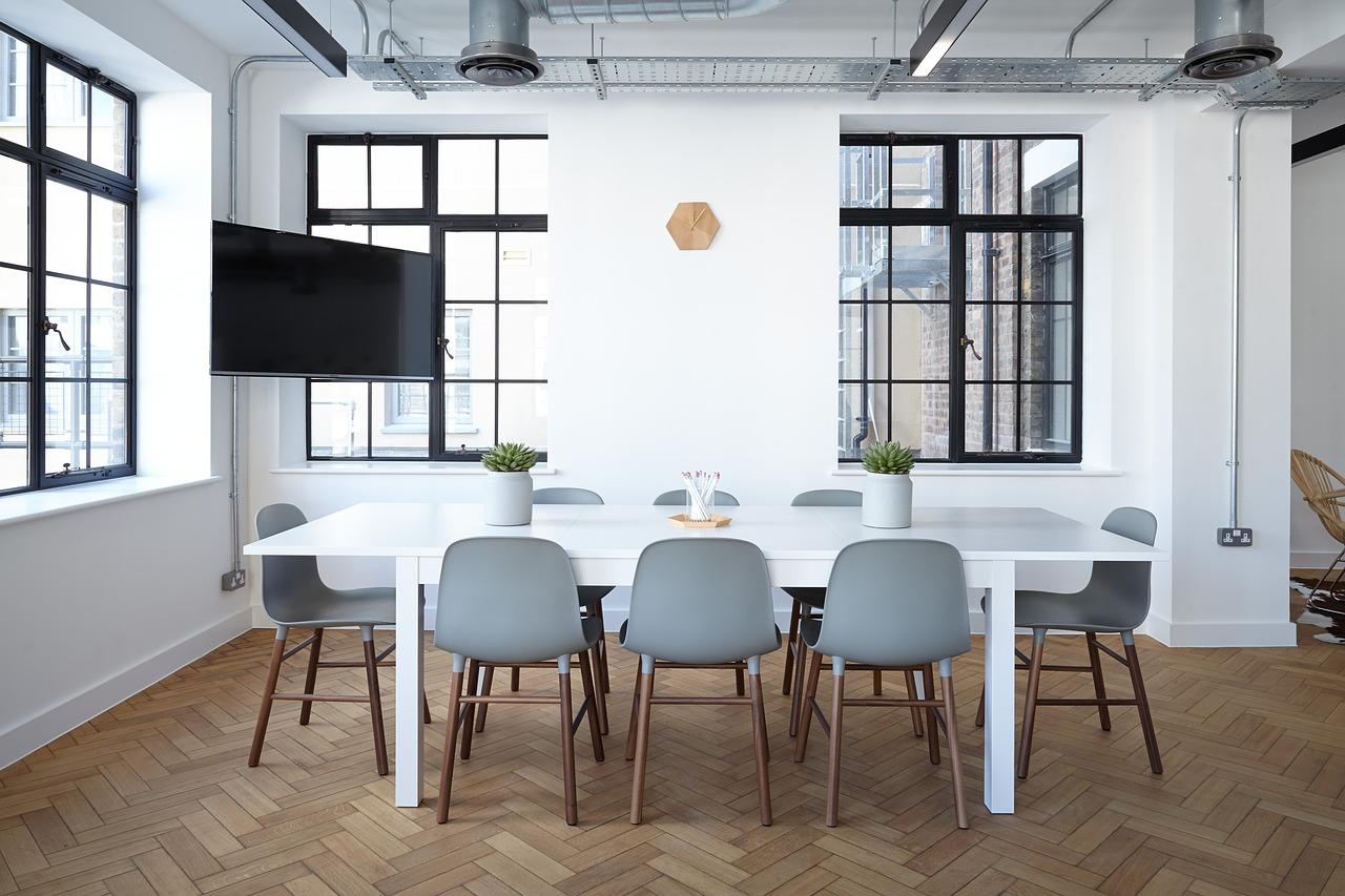 5 idei de amenajari interioare cu parchet din lemn